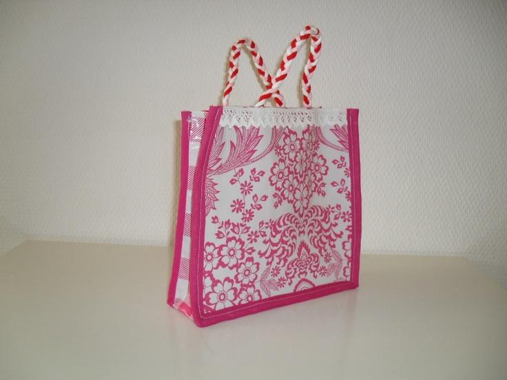 Schattig zelfgemaakt tasje voor een kleine prinses!