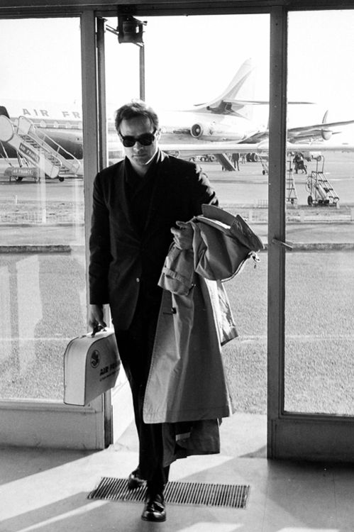 Marlon Brando at Orly Airport in Paris, 1959. Photo by Boris Lipnitzki