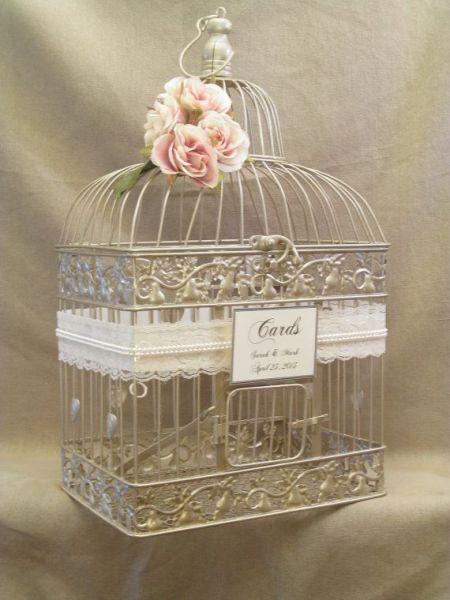 Décoration de mariage faite de cages à oiseaux Image: 5
