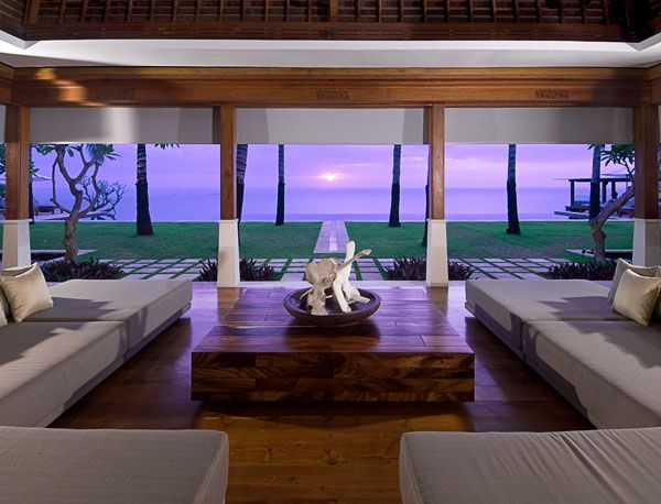 Villa Istana - Living Room Sunset