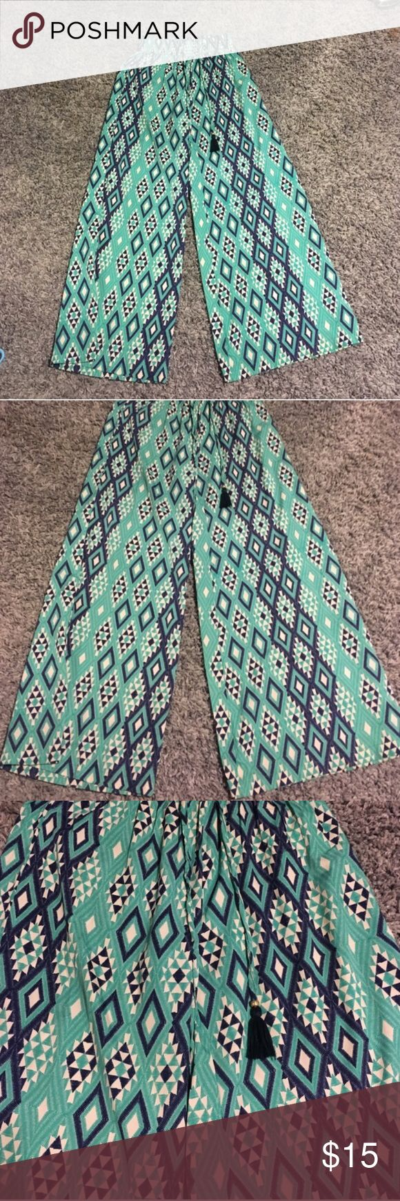 Wide Leg Hippie Pants ⭐️Wide Leg Hippie Aztec Pants ⭐️ excellent condition ‼️ NEVER WORN‼️曆 Hippie / Boho Style ! Please refer to pictures as they are the best description  Earthbound Pants Wide Leg