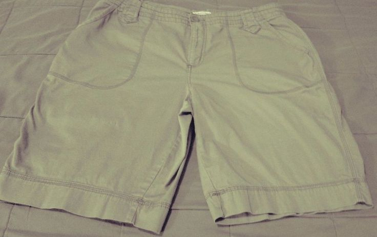 St.John's Bay Women's Green Shorts Size 16 Wide #StJohnsBay #Cargo