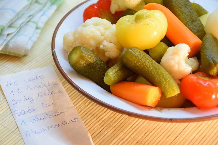 Recept za turšiju - Koliko god sam se opirala pravljenju turšije, najzad sam posustala pred željama moga mi muža :) i evo je, naša turšija, isprobana, veoma ukusna. Recept sam dobila od koleginice, godinama je u primeni, pa, valda to nešto znači :)