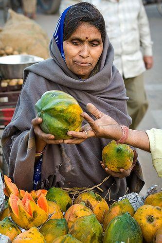papaya shopping . Jaipur market, India