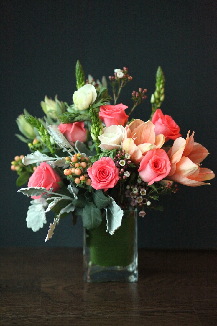 Coral and peach flower arrangement