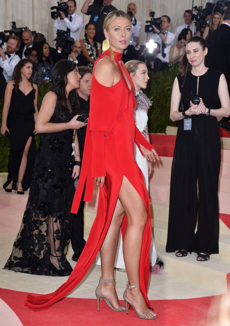 "breathtakingwomen: ""Maria Sharapova at the 2016 Met Gala 'Manus x Machina: Fashion In An Age Of Technology' Metropolitan Museum Of Art Costume Institute Gala, New York (2 May, 2016) """