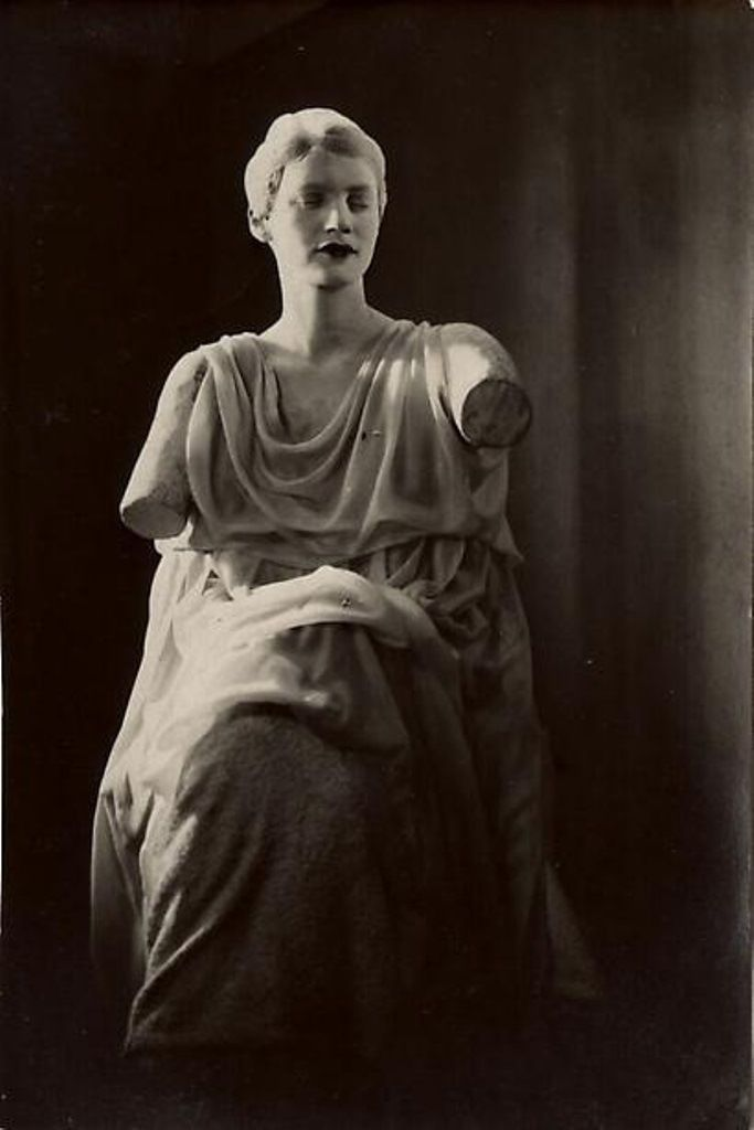 Lee Miller dans Le Sang d'un Poète de Jean Cocteau 1930