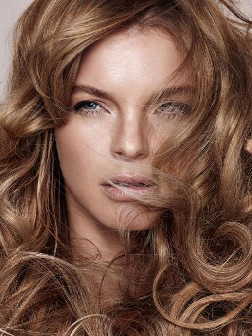 LIGANORD Hair Make-up - Bert Kietzerow - Brigitte y Catterfeld