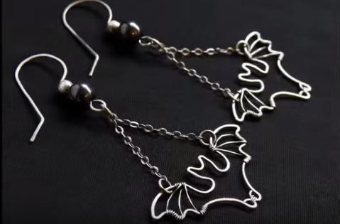 Wire Wrapped Bat Earrings Tutorial for Halloween ~ The Beading Gem's Journal