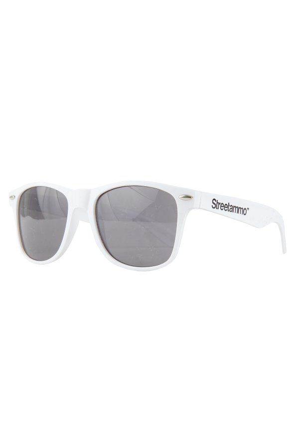 STREETAMMO SA SHADES WHITE, streetmmo, street, ammo, street sunglasses, ammo sunglasses, street accessories, shades white, white sunglasses, white accessories, sunglasses, man's fashion, mens fashion, men trend, men sunglasses, women fashion, women trend, women sunglasses, accessories, sunglasses accessories, men accessories, women accessories, official,