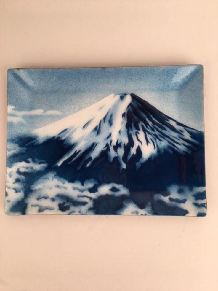 Mount Fuji Japanese enamel tray, retangular in shape with beveled sides.