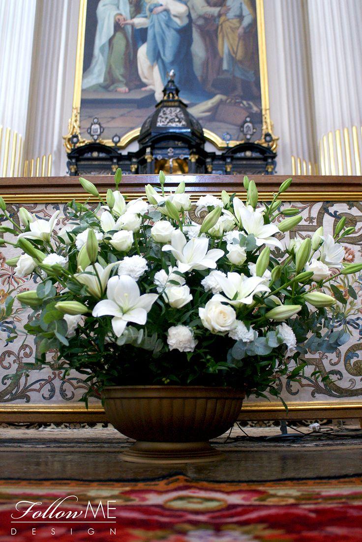 Dekoracja ołtarza / Dekoracja Kościoła / Eleganckie białe dekoracje Kościoła od FollowMe DESIGN / Elegant White Church Decorations & Details by FollowMe DESIGN