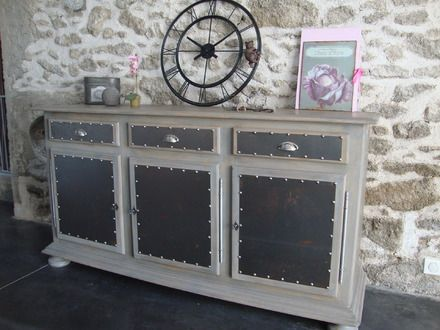 Les 20 meilleures id es de la cat gorie buffet industriel sur pinterest buffet metal buffet for Buffet formica restaure