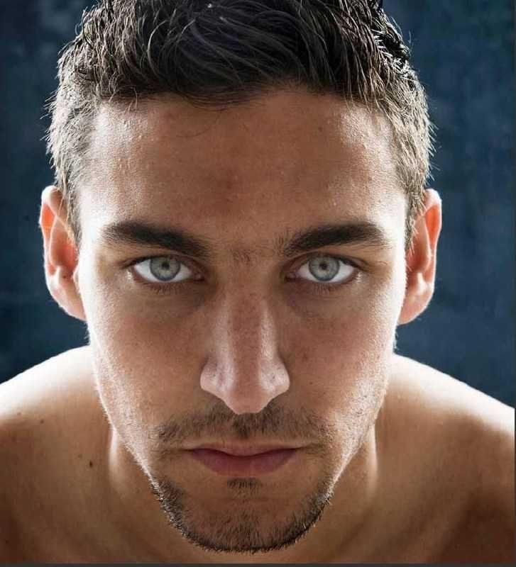 Jesus navas shirtless | Ari Bee's kleine Sabberecke: Hot Football: Jesús Navas ♥