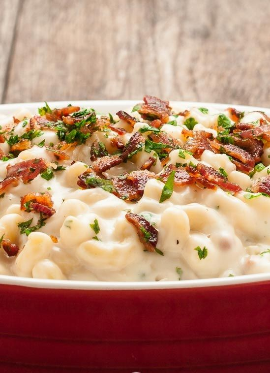 The Best, Creamiest Mac 'N Cheese With Gruyere, Cheddar, And Bacon