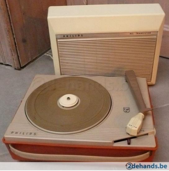 Prachtige originele philips platenspeler uit de jaren 60 in handig draagbaar koffertje. type AG4026, waarschijnlijk uit 1962.