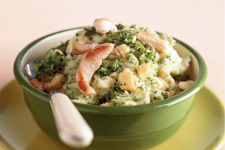Broccolistamppot met kip en kaas - Recept - Allerhande