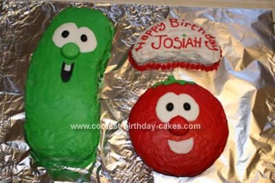 Homemade Bob And Larry Cake: My Mum and I tried to make this Veggie Tales Birthday Cake very simple, we were worried that it wouldn't come out the greatest, but I was REALLY happy