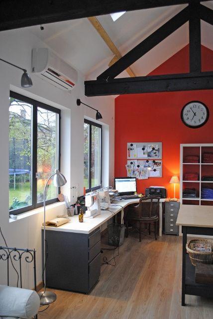 les 25 meilleures id es de la cat gorie atelier couture sur pinterest couture pi ce bureau d. Black Bedroom Furniture Sets. Home Design Ideas