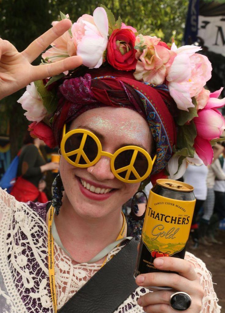 #Glastonbury2014 - Peace, flowers, glitter, music, cider...