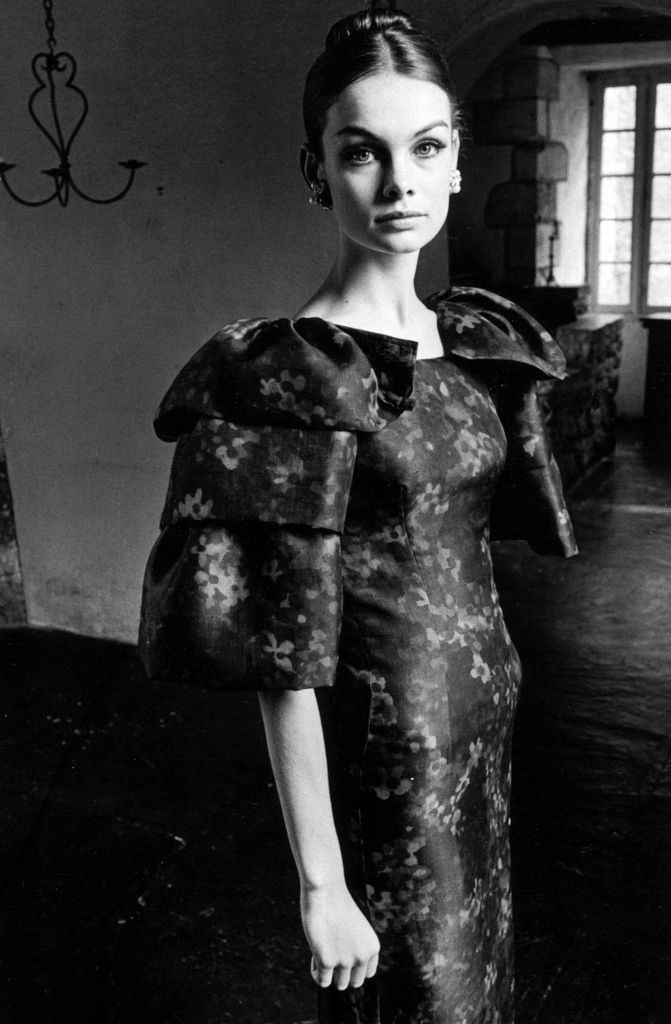 Jean Shrimpton photographed by Jeanloup Sieff.