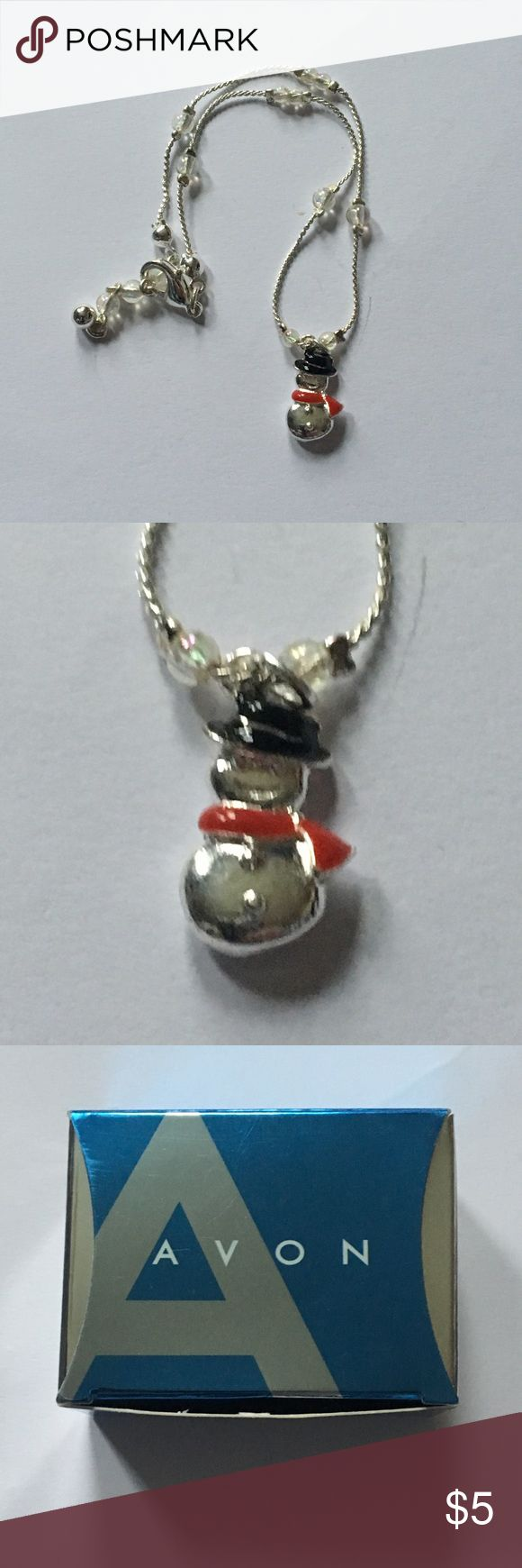 AVON Snowman Holiday Charm Anklet 1 Piece Color(s): Silver, White, Red, Black  Type: Anklet  Brand: Avon  Length: N/A Material(s): String, Silver Plated Metal  Charms/Beads: Snowman  Quality: New in Box  Other Significant Details: None Disclaimer: All measurements are APPROXIMATE and to the nearest inch. All flaws of the item(s) is disclosed. I will not accept any lowball offers. Tags: Christmas holiday holidays snow winter cute lady woman snowmen adorable xmas December January ankle…