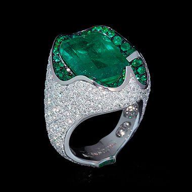 Mousson Atelier. Emerald