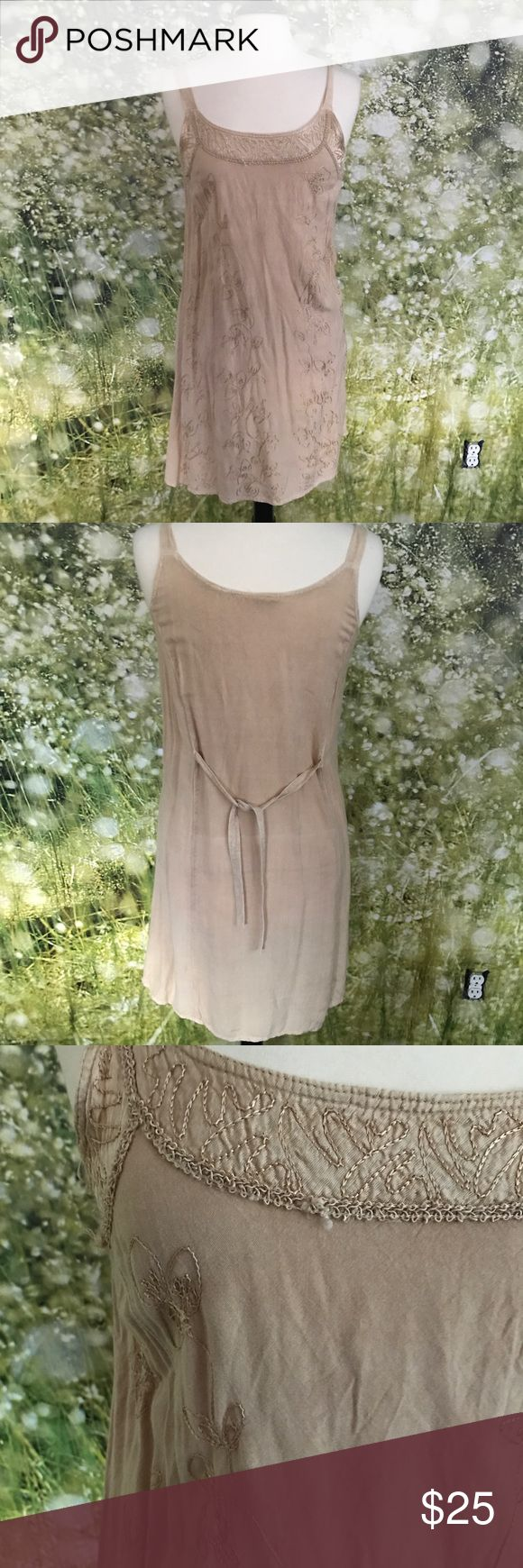 Vintage sun dress size M Vintage rayon dress with fun detail (close up pictured), size medium, nude/neutral tan color, ribbon ties on the back Vintage Dresses