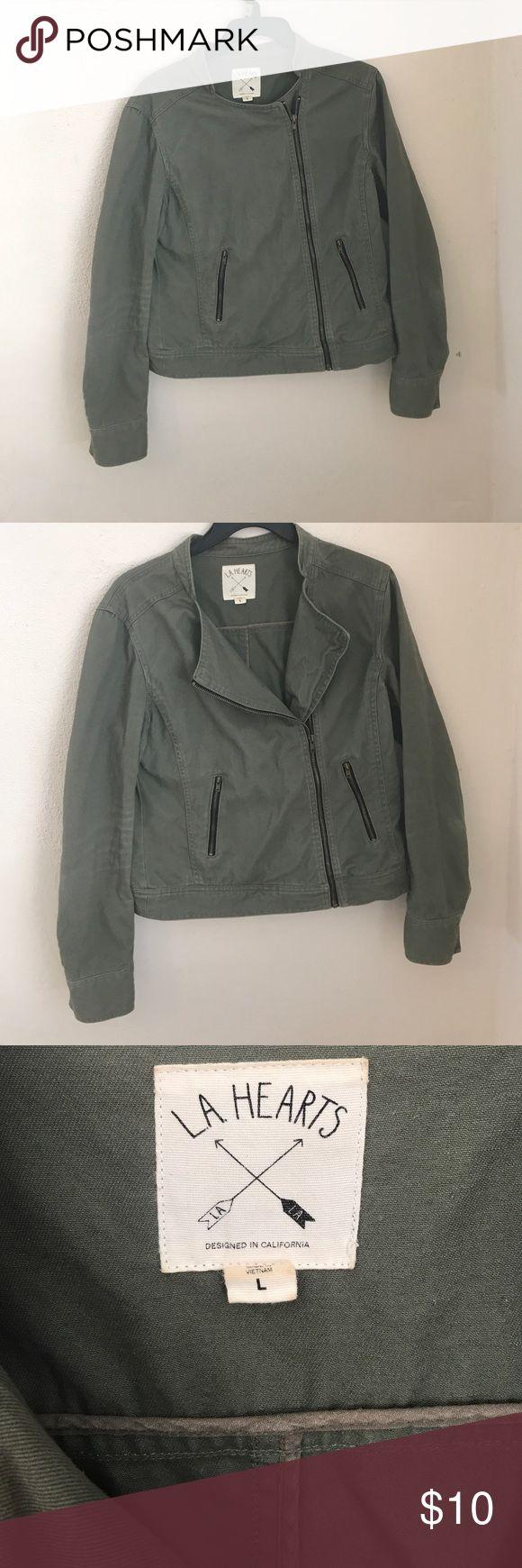 Kaki LA Hearts jacket! Ver stylish!! It looks good with black skinny jeans!! La Hearts Jackets & Coats Utility Jackets