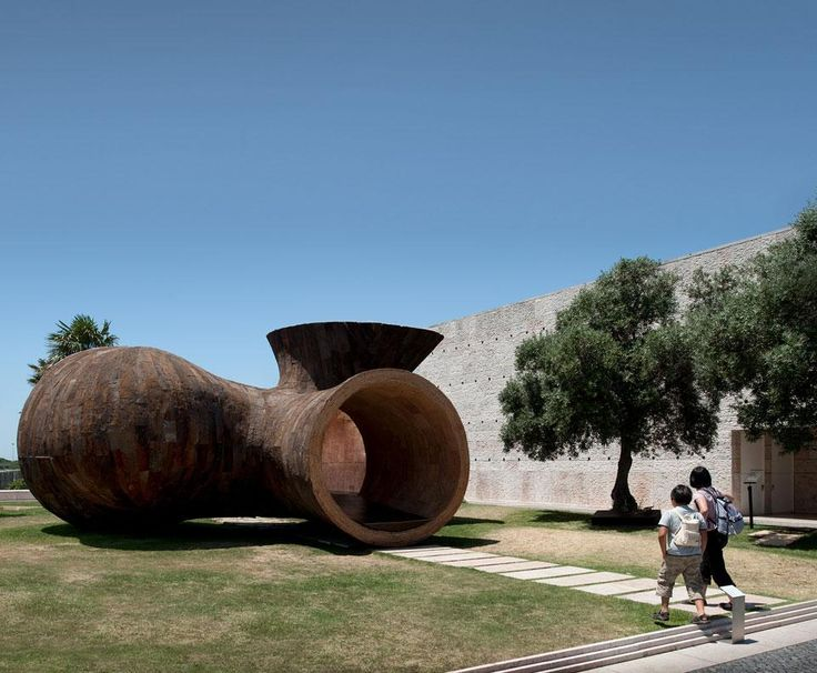 Miguel Arruda, Habitable Sculpture at the Belém Cultural Centre. This initially temporary installation has now been made permanent.