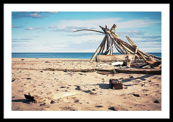 Beach Framed Print featuring the photograph Into The Horizon by Mc