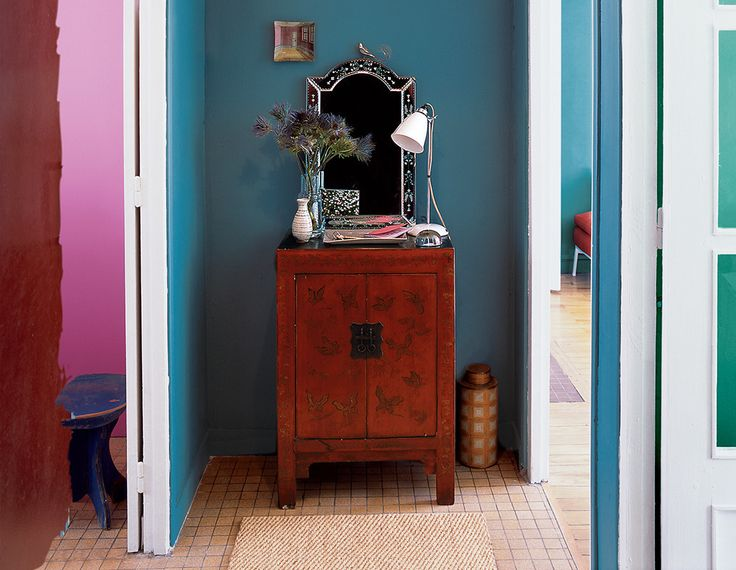 See more images from our favorite entryway paint color ideas on domino.com