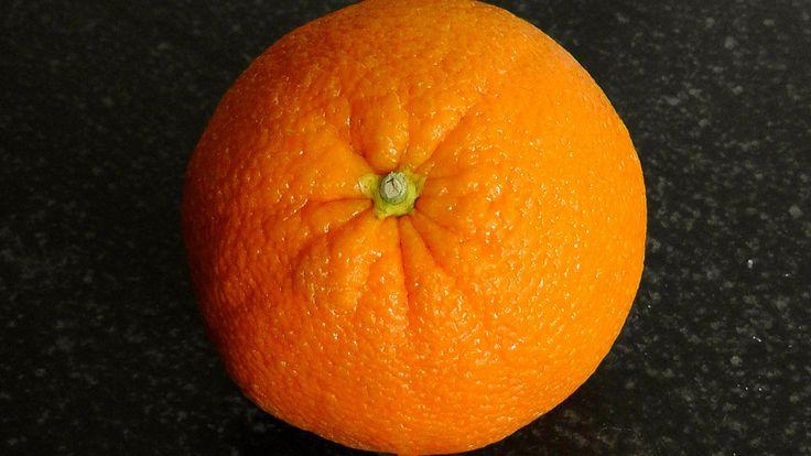 Orangenschalen Räucherwerk Eine Orangenschalen-Räucherung bringt Heiterkeit und Fröhlichkeit in unser Leben. Der Pflanzengeist von diesem mediterranen, lieblichen Räucherwerks vermittelt uns, dass unsere Probleme und vielleicht auch Schuldgefühle nicht so schlimm sind, wie sie sich für uns anfühlen. Sie nimmt uns die Last von den Schultern und wir können uns in dem Moment der Räucherung erholen und auch […]