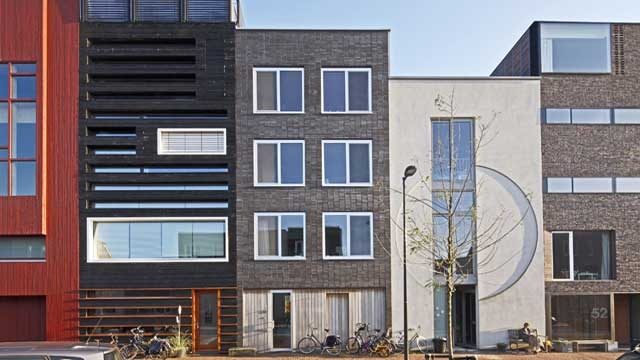 modern Amsterdam 'canal house', IJburg (NL) by Room for architecture #dwelling #amsterdam #residential #family house #architecture