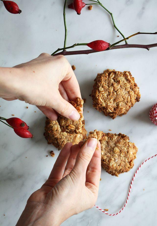 Coconut oatmeal cookies/Kokos haver koekjes, vegan and gluten free - Food Bandits