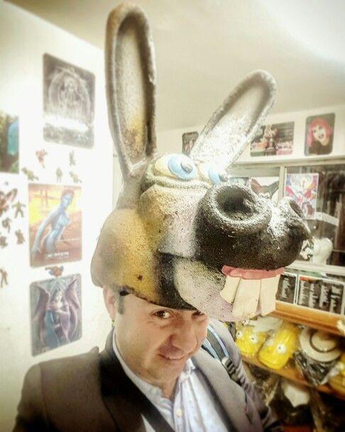 Ya mérito llega la navidad... #hatguy #artdirector #directordearte #burro  #beemotion