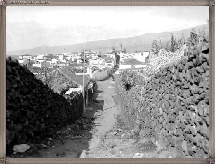Puerto de La Cruz año 1930.... #canariasantigua #blancoynegro #fotosdelpasado #fotosdelrecuerdo #recuerdosdelpasado #fotosdecanariasantigua #islascanarias #tenerifesenderos