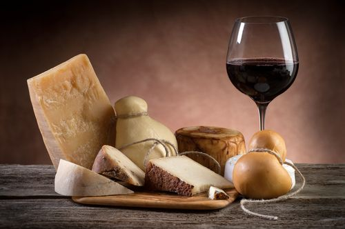 15 Perfect Wine Matches for Cheese Lovers