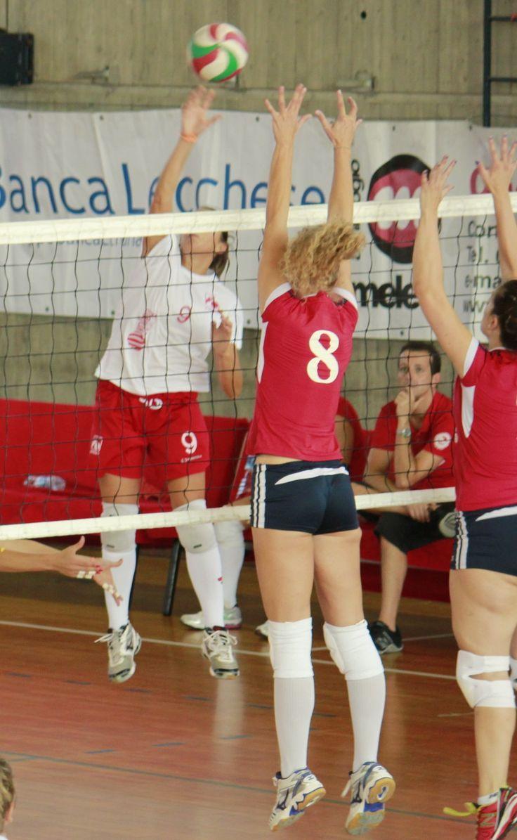 Volley serie B2f: la Picco ritrova il sorriso grazie a M. Perego e Trobbioni - Basket e Volley in rete