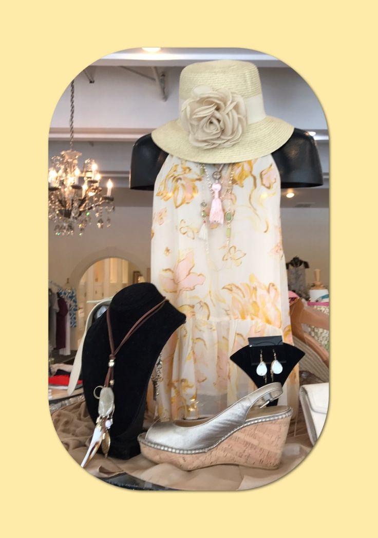 Beautiful.... #cutesummertops #tops #yellowandpink #alpharetta #hats #softcolors #shopsmall #lovethehat