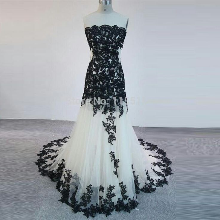 Beautiful Black And White Gown Lovely Loey's Fashions  $246.29