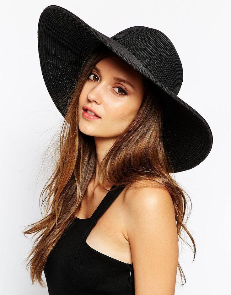 Cappelli di paglia da donna per l'estate 2015: dal matador alla paglietta, vince lo stile classico | Impulse