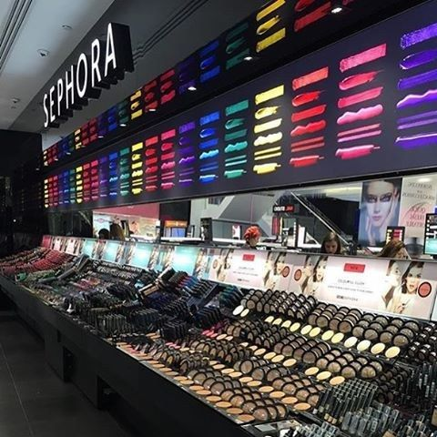 If you shop in the store, start at the outer perimeters first. | 19 Sephora Hacks That'll Save You Hundreds Of Dollars