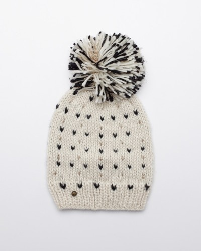 need supplyFaux Fur, Pompom Hats, Cozy Winter, Fashion Outfits, Yeti Pompom, Knitted Hats, Knits Hats, Pom Pom, Winter Hats