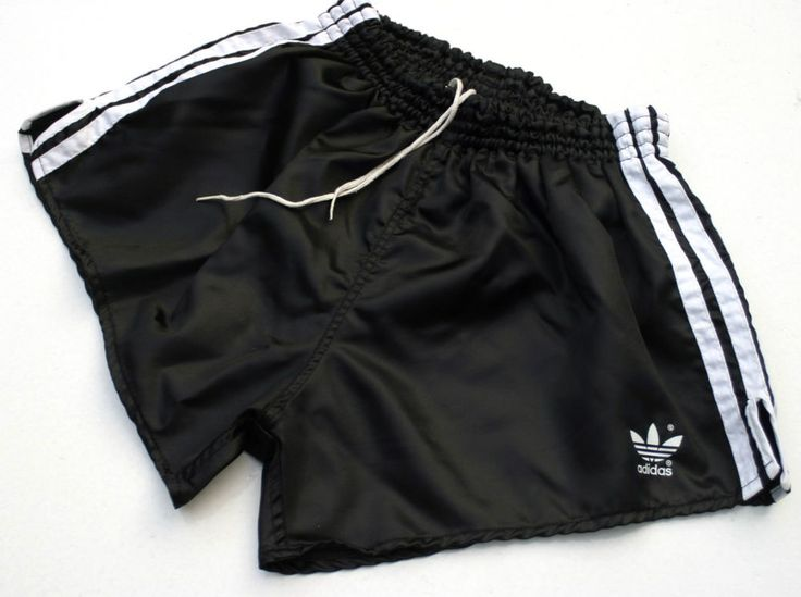 Vintage & Rare Adidas Nylon Shorts. D6 (M) Black Shiny Glanz. German Made. NEW