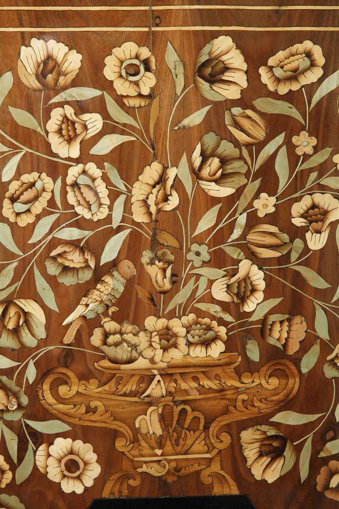Голландский комод с цветочным Маркетри