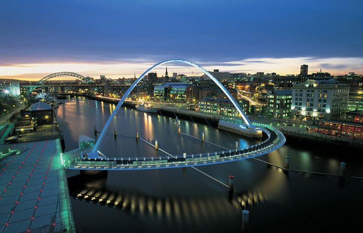 The Gateshead Millennium Bridge in Gateshead, England ...