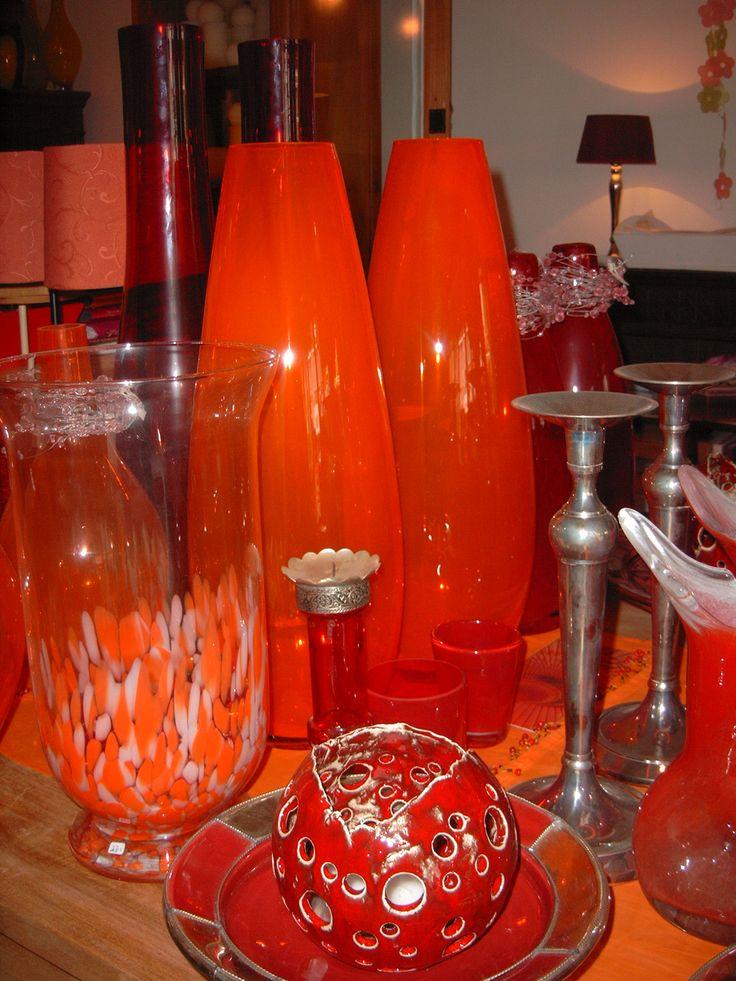 Oranje vazen met kandelaars | VIA CANNELLA WOONWINKEL | CUIJK | www.viacannella.nl