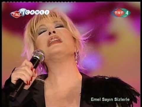 Emel Sayın ~ Bir kızıl goncaya benzer dudağın