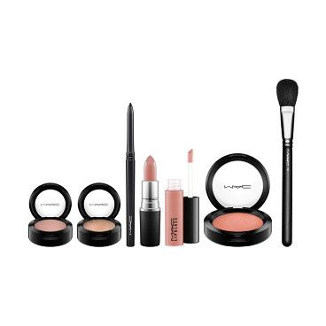 Look in a box natural flare collection by MAC. Get a complete look to make your holiday makeup a breeze with this collection of coordinated eye, lip and cheek produ...